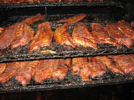 10 Must Try Barbecue Restaurants In Memphis Tennessee