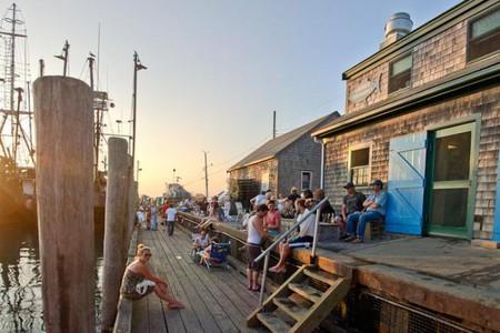Larson's Fish Market
