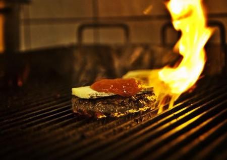 Døgnvill Bar and Burger