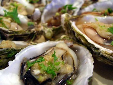 Steamed Oysters, WikiCommons © Alpha