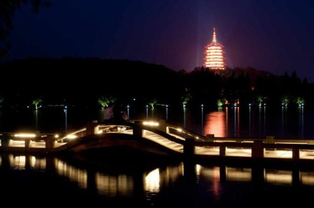 Leifeng Pagoda © Guo Qi/Flickr