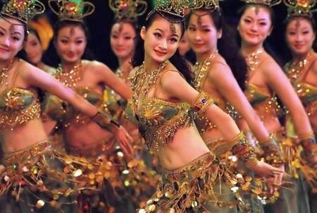 The Romantic Show of Songcheng © Andri Ratman/Flickr