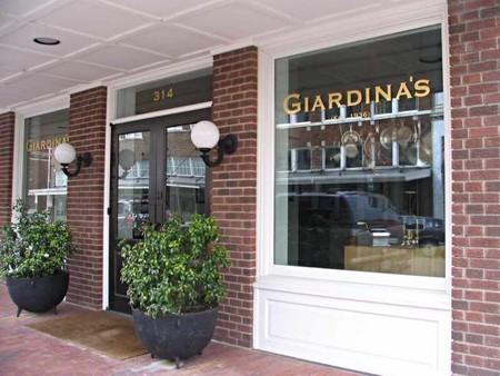 Giardina's | © Southern Foodways Alliance/Flickr