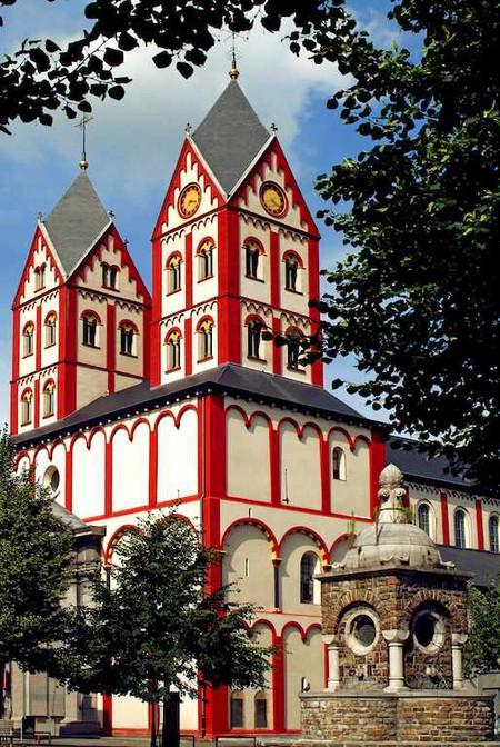 La collégiale Saint-Barthélemy