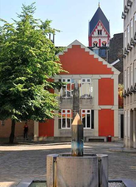 La cour Saint-Antoine