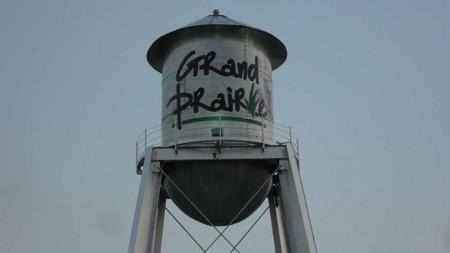 Grand Prairie water tower   © Gp user/WikiCommons