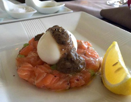 Salmon tartare | © LWYang/Flickr