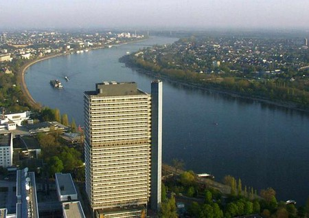 Aerial view of part of the UN Campus in Bonn | © Qualle/WikiCommons