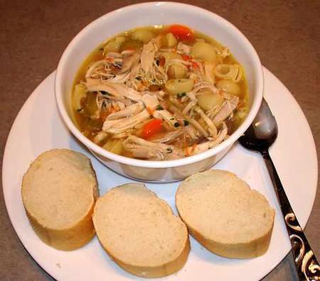 Chicken noodle soup   © Eli Hodapp/WikiCommons