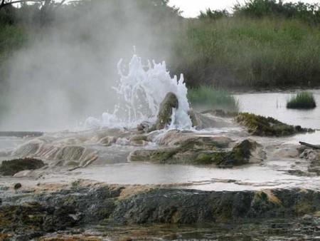 Sempaya Hot Springs   © Sarahemcc/Flickr