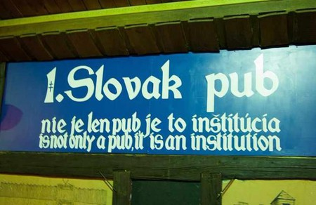 First Slovak Pub's motto | © Guillaume Speurt/WikiCommons