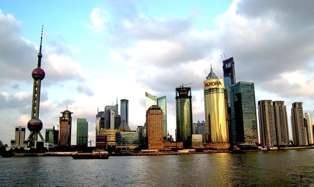 Shanghai's amazing skyline © Travis Wise / Flickr