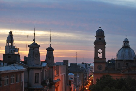 A city that is sometimes overlooked for South America voyages, Montevideo is a stunning port capital © Ana Raquel S. Hernandes / Flickr