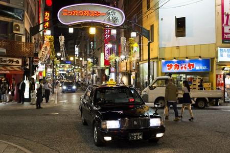 Nagarekawachō street at night, Hiroshima  © Kristoffer Trolle/Flickr