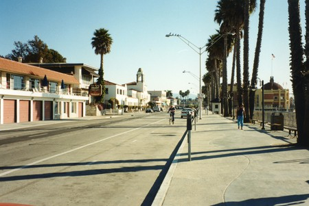 Santa Cruz   ©Robert Linsdell / Flickr