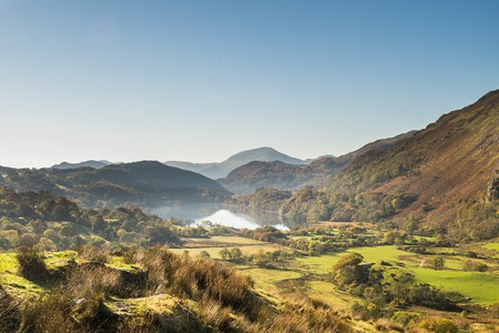 A VIEW OF THE BEDDGELERT VALLEY IN NORTH WALES| © ED Reardon/Shutterstock