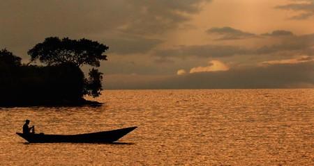 Enjoy a romantic sunset together in Rwanda