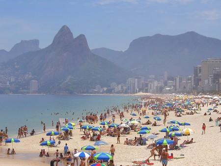 Copacabana Beach © ToddonFlickr  /Flickr