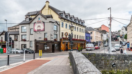 Pub from the South Gate Bridge in Cork | © William Murphy/Flickr