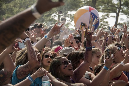 Crowd at Z-RO   © Jeremy Perez Photos/Flickr