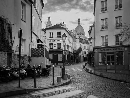Cafés, Montmartre | © Di_Chap/Flickr