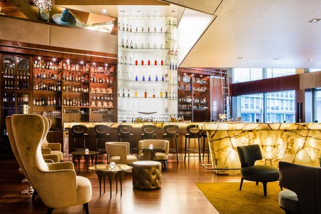 ONYX Bar | Courtesy of Park Hyatt Zurich
