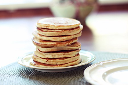 Go for a hearty stack of pancakes or waffles for breakfast © Hedvigs / Flickr