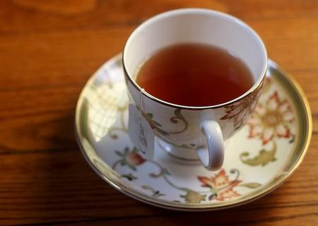 Choice Organic Tea on Red Oak Floor | © Tweetspeakpoetry/flickr