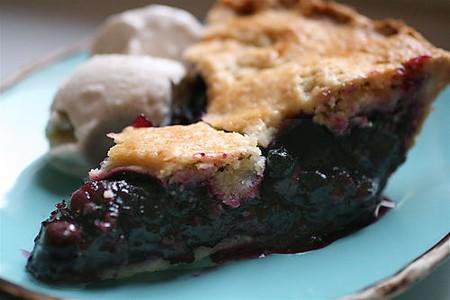 Best Blueberry Pie with Foolproof Pie Dough | © thebittenword.com/Flickr