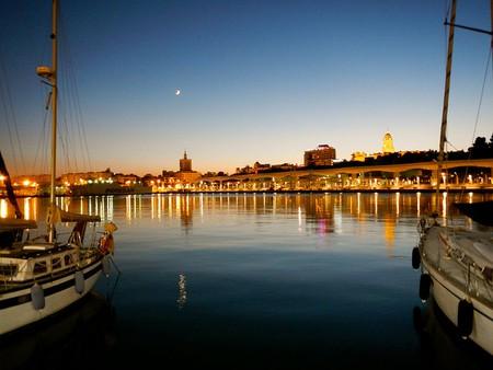Malaga, dock view| ©NationalMac/Wikicommons