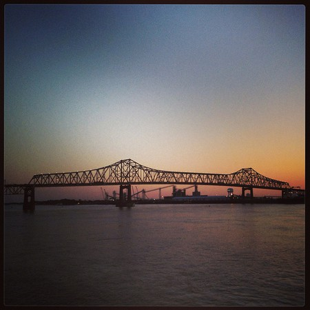 Crossing the Mississippi   © DieselDemon/Flickr