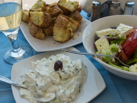 Delicious Greek food | © Anna & Michal/Flickr