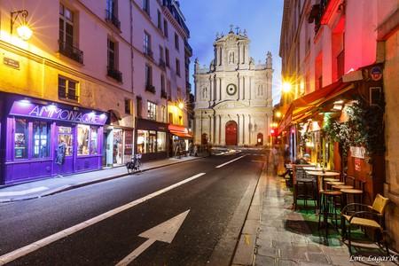 Saint Paul from rue Sévigné in Le Marais in Paris by night | ©  Loïc Lagarde/Flickr
