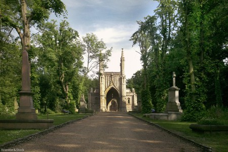 Nunhead Cemetery | Courtesy of Wooster & Stock