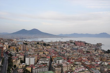 Aerial shot of Naples and Mount Vesuvius|© loome/pixabay