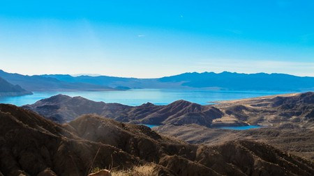 Hiking Lake Mead NRA