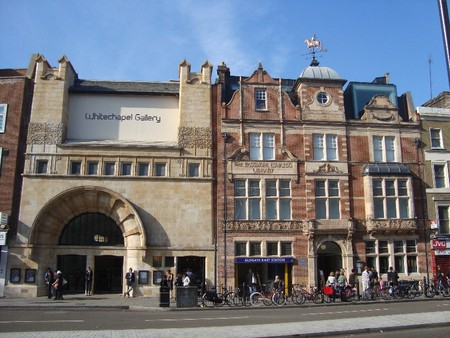 Whitechapel Gallery, Whitechapel High Street