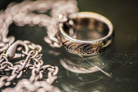 Ring from The Lord of the Rings,  Image Courtesy: Sonny Abesamis  |© Global Panorama/Flickr
