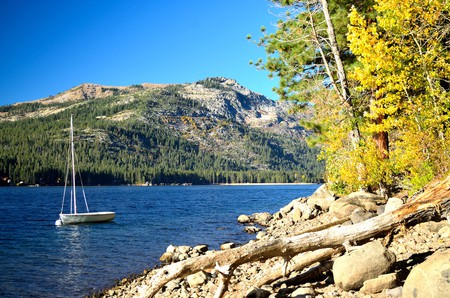 Donner Lake in Truckee, California   © Tom Hilton/Flickr