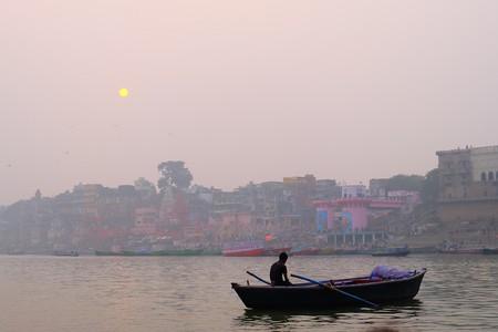 The Ganges River in Varanasi | © Lauren Marinigh/Twirl The Globe