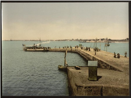Port Louis the Mole, Lorient, France | © Snapshots Of The Past/WikiCommons