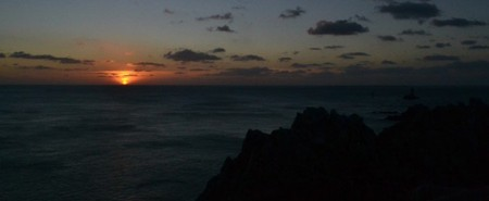 Minutes away from the sunset at Pointe du Raz, Brittany, France | © Hristos Fleturis