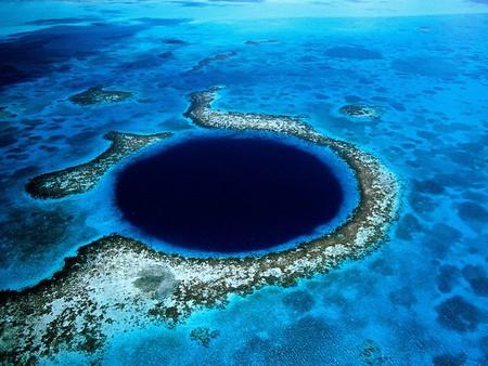 Great Blue Hole   © Eric Pheterson/Flickr
