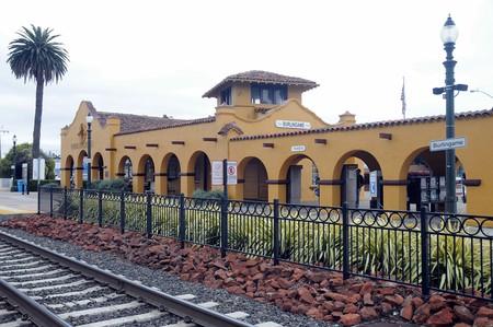 Downtown Burlingame Caltrain Station | © Koshy Koshy/Flickr