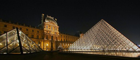 Louvre Pyramids | © photophilde/Flickr