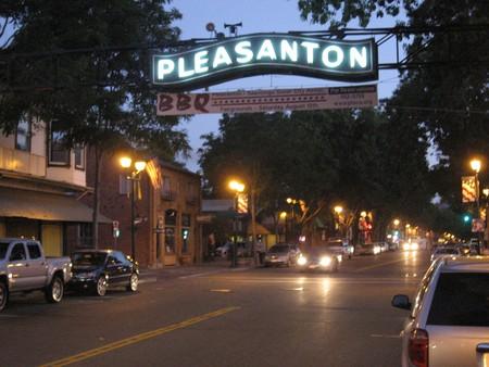 Pleasanton Sign © Jay Galvin/Flickr