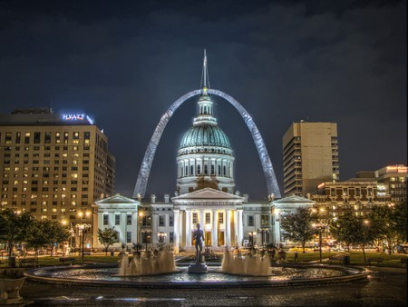 St. Louis   © Kevin McCoy/WikiCommons