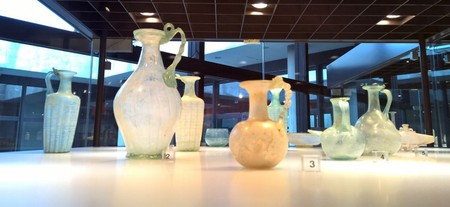 Roman glass, Roman-Germanic Museum, Cologne   © Robert Hugill