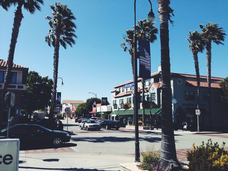 Downtown Millbrae, California © | abrackin/Flickr