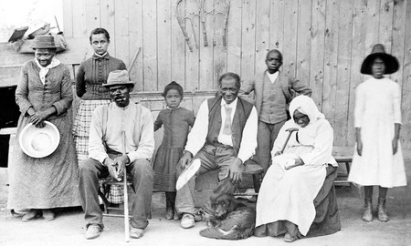 Harriet Tubman With Family And Friends In Auburn, NY © Bettman / Corbis through The New York Times Photo Archive/ WikiCommons